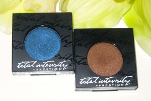 Prestige Total Intensity Eyeshadow in Obsession and Wicked.