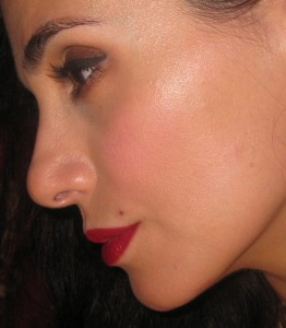 Chanel Inspiration 64 Le Blush Creme de Chanel swatch the cheeks.