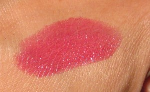 Chanel Esprit 88 Rouge Coco Shine swatch.