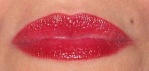 Estee Lauder Pure Color High Intensity Lip lacquer in Ruby Glow swatch after 4 hours.