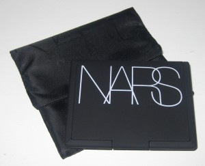 Nars Light Reflecting Pressed Setting Powder .