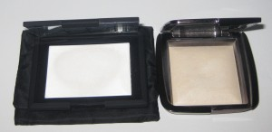 Nars Light Reflecting Pressed Powder vs. Hourglass Diffused Ambient Powder.