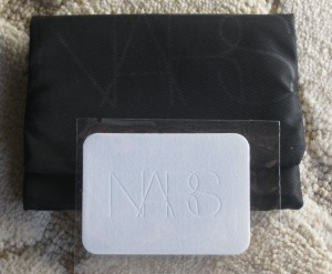 Nars Light Reflecting Pressed Setting Powder packaging.