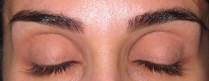 Eyelids primed with Laura Mercier Eye Canvas EC-3.