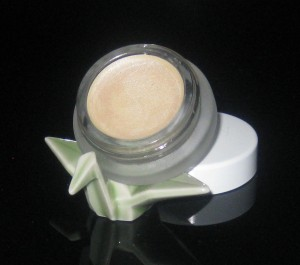 RMS Beauty Living Luminizer.