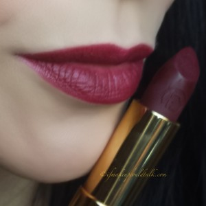 Lipstick Queen Velvet Rope Lipstick in Entourage.