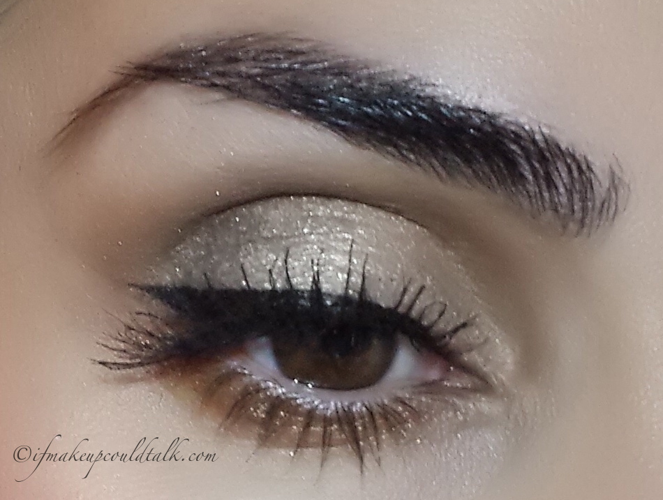 Bobbi Brown Sandy Gold Cream Shadow topped with Metallic Eyeshadow Gold Dust and Espresso Eyeshadow in the outer corner.