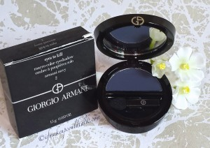 Giorgio Armani #2 Armani Navy Eyes to Kill Solo Eyeshadow.