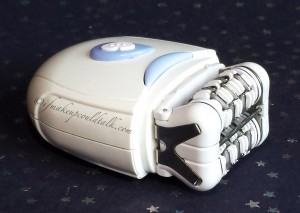 Personal Care Essentials: Emjoi Epilator.