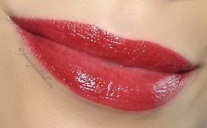 Girlactik Beauty  Rouge Le Creme Lipstick.