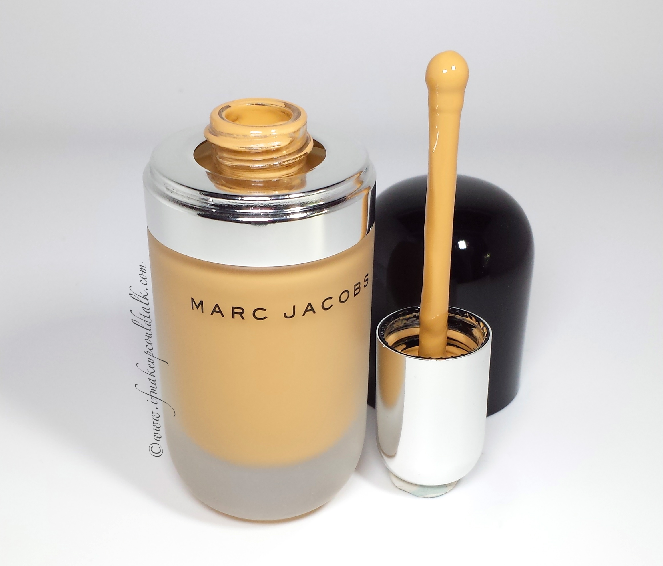 Marc Jacobs Remarcable