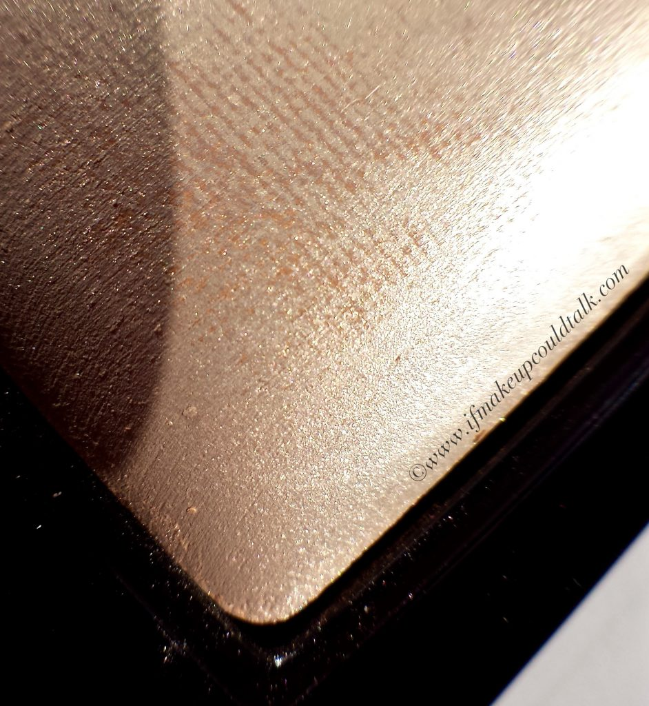 Illamasqua OMG Beyond Powder.